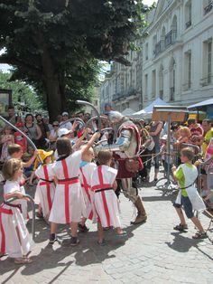 Entraînement de futurs chevaliers - Marché Médiéval de Chinon - 2013