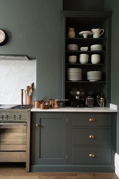 London's deVol kitchens sent me an email this week sharing this stunning shaker Kitchen in a victorian home in the heart of London. dreamy, right? i'm working away on my own kitchen remodel ideas, so Kitchen Paint, New Kitchen, Kitchen Decor, Updated Kitchen, Kitchen Ideas, Kitchen Grey, Kitchen Corner, Country Kitchen, Vintage Kitchen