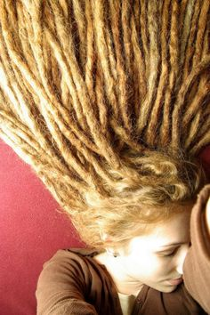 Dreads have always been a dream of mine! Hippie Dreads, Dreads Girl, Long Dreads, Natural Dreads, Dreadlock Hairstyles, Cool Hairstyles, Black Hairstyles, Wedding Hairstyles, White Dreads