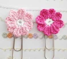 [Free Pattern] Cute Flower Bookmark That Will Make Your Day Better