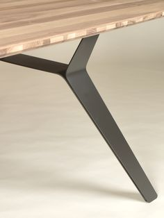 Discover thousands of images about Pisto Table Steel Furniture, Furniture Legs, Industrial Furniture, Table Furniture, Modern Furniture, Furniture Design, Iron Table Legs, Steel Table Legs, Farmhouse Table Chairs