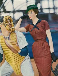 How every women should dress to go to a baseball game...
