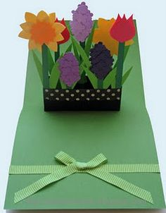 Mother's Day cards including explosion box, window box pop up card, fan card, photo album card. 3d Cards, Pop Up Cards, Cool Cards, Pop Up Flower Cards, Flower Boxes, Flower Basket, Origami, Birthday Card Pop Up, Tarjetas Pop Up
