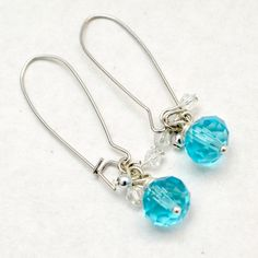 One Artsy Mama - http://www.oneartsymama.com/2013/09/crystal-dangle-earrings.html