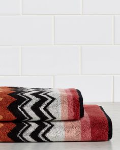 You need to see this Missoni Niles 2pc Towel Set  on Rue La La.  Get in and shop (quickly!): https://www.ruelala.com/boutique/product/102929/32461028?inv=katemac81491&aid=6191