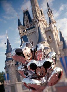 Mickey Balloons + a day at Walt Disney World = Happiness Disney Tips, Disney Love, Disney Magic, Disney Parks, Disney Stuff, Disney Disney, Disney College, Disney World Vacation, Disney Vacations