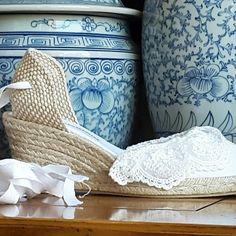 Brides collection by mumishoes #mumishoes #alpargatas #espadrilles #espadrillas #esparteñas #espardeñas #madeinspain #traditional #natural #chicshoes #weddingshoes #forbrides #bride #brideshoes
