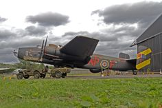 Handley Page Halifax III Bomber one-off night display at the Yorkshire Air Museum - War Historical Photos Handley Page Halifax, History Online, Ww2 Aircraft, Royal Air Force, Nose Art, World War Two, Historical Photos, Wwii, Fighter Jets