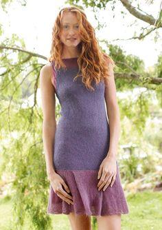Kleid mit Faltenrock in Lila und Altrosa, stricken mit Rebecca - mein Strickmagazin und ggh-Garn SURI ALPAKA (100% Suri Alpaka). Garnpaket zu Modell 13 aus Rebecca Nr. 50