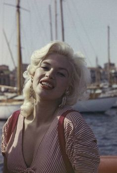 jayne-1958-05-cannes-by_philippe_le_tellier