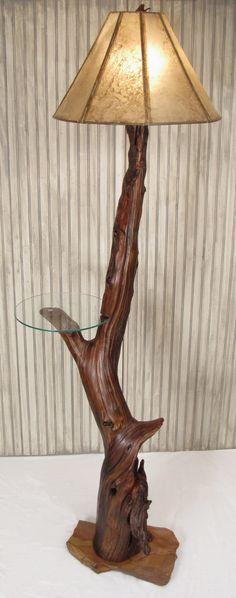 tronco lampada da terra con mensolina