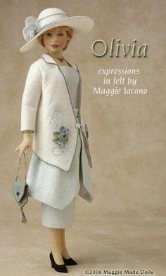 Maggie Iacono Collectible Dolls (Expressions in Felt) Dollhouse Dolls, Miniature Dolls, Victorian Dollhouse, Modern Dollhouse, Miniature Houses, Pretty Dolls, Beautiful Dolls, Felt Dolls, Doll Toys