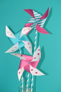 Pinwheels at a Valentine's Day Party #valentineparty #pinwheel