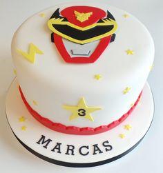 Red Power Ranger Cake 👍🏻