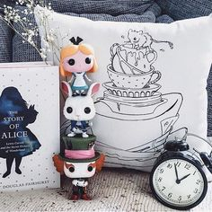 Alice in Wonderland Pillow Cover