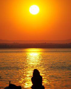 tramonto al lago trasimeno #Photooftheday#bestoftheday…