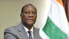 Il s'appelle Alassane Dramane Ouattara. Il est président du Côte d'Ivoire.