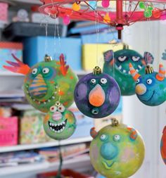 My colorful Christmas world (eBook) - Crafts And Diy Trends Christmas World, Kids Christmas, Christmas Crafts, Paper Mache Projects, Paper Mache Crafts, Diy For Kids, Crafts For Kids, Alien Party, Diy And Crafts