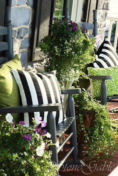 Love the black & white stripes and apple green - patio porch decor Outdoor Rooms, Outdoor Gardens, Outdoor Living, Outdoor Decor, Outdoor Seating, Outdoor Projects, Grey Furniture, Porch Furniture, Outdoor Furniture