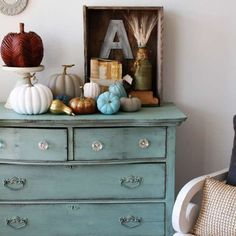 Annie Sloan Chalk Paint. I gotta remember this for refinishing the dresser to go in Monster's room.