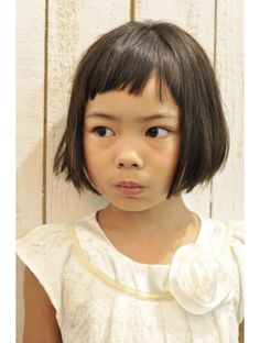 インコンプリート(In complete) キッズ、ショートバングボブ Little Girl Short Haircuts, Short Hair Cuts, Short Hair Styles, Violet Hair, Playing With Hair, Toddler Hair, Boy Hairstyles, Hair Dos, Hair Beauty