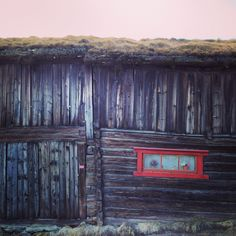 Röros i Norge Old Houses, Painting, Art, Art Background, Old Homes, Painting Art, Kunst, Paintings, Old Mansions
