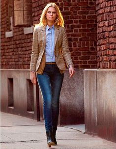 Price:	$35.99 Sale:	$20.99 Women's Cotton Long Sleeve Slim Short Blazer Suit Jacket