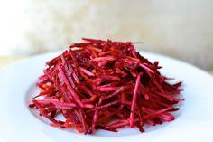 Salát ze syrové červené řepy Cabbage, Salads, Recipies, Good Food, Vegetables, Ethnic Recipes, Milan, Bulgur, Recipes