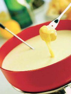Peynirli fondü Tarifi - Parti Yemekleri - Yemek Tarifleri