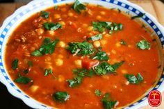 Harira - zupa marokańska Salsa, Gluten Free, Dinner, Cooking, Ethnic Recipes, Food, Moroccan Soup, Vegan Lunches, Recipies