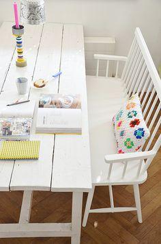 parisian pillow - wood & wool stool ~ loving the table & bench