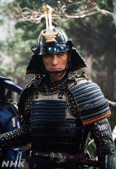 Japanese Art Samurai, Space Knight, Tokugawa Ieyasu, The Last Samurai, Samurai Artwork, Japanese History, Arm Armor, Kendo, Warfare