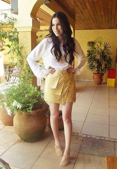 #golden #skirt #assymetric #white #shirt