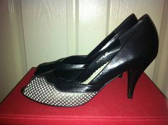 Vintage 80's style black leather peep toe heels/ pumps with silver detail sz 40