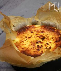 """Tarta de queso de """"La Viña"""" con comporta de cerezas"""