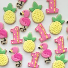 Baby first birthday girl food party favors 67 ideas for 2019 Flamingo Birthday, Luau Birthday, Flamingo Party, Summer Birthday, Girl Birthday, Birthday Ideas, First Birthday Cookies, Baby First Birthday, First Birthday Parties