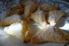 Blitzblätterteig - Quarktaschen French Toast, Stuffed Mushrooms, Dairy, Potatoes, Bread, Cheese, Vegetables, Breakfast, Food
