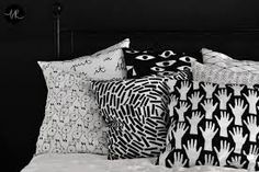 Pillow covers - 1 pillow 2 designs by bastisRIKE - Etsy Home Textile, Textile Design, Sofa Pillows, Throw Pillows, Pillow Fight, Pillow Room, Monochrom, Bed Linen, Bed Sheets
