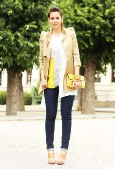 Outfit del giorno / Outfit of the day: yellow and brown Fashion Blogger Style, Irene, Yellow And Brown, Outfit Of The Day, That Look, Personal Style, Street Style, Style Inspiration, My Style
