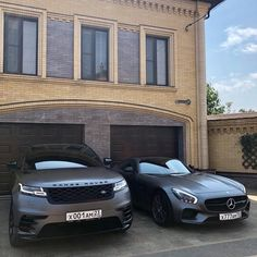 dream car Left or Right Range Rover Velar Vs Mercedes AMG GT! Courtesy of - Help us grow the Mercedes Amg, Dream Cars, My Dream Car, Lamborghini Veneno, Fancy Cars, Cool Cars, Lux Cars, Car Goals, Best Luxury Cars