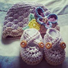 conjunto jardim lilás e marrom. linha 100% algodão. #handmade  #feitoamao  #croche  #amocroche  #bebes