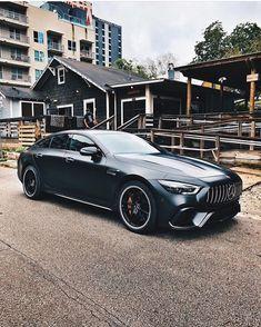 entrepreneur growthacking lamborghini ferrari com french touch Mercedes Benz Amg, Benz Car, Bmw, Audi, Mercedez Benz, Ford Classic Cars, Luxury Suv, Mustang, Cool Cars