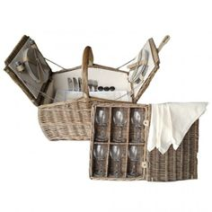 Willow boat picnic hamper basket for six people