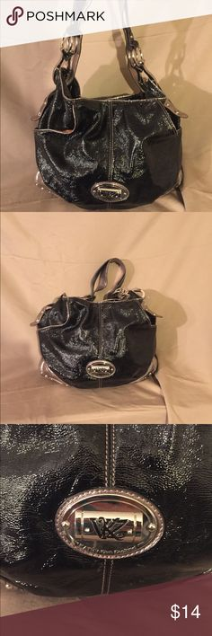 🖤KATHY VAN ZEELAND PURSE🖤 Black Kathy van Zeeland purse. Shoulder bag type. Lots of room inside. :) Kathy Van Zeeland Bags Hobos