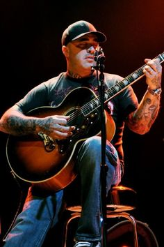 Aaron Lewis. Probably my all time favorite. He can sing the phone book to me and I'd be happy. Not to mention we share the exact same birthday :):):)