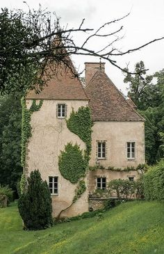 You can settle for a small castle you know, Cote-d'Or, Francephoto