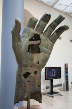 A hand from the colossal bronze statue of Roman emperor Constantine I, 4th century CE. The hand is over 1.5 m in length. (Capitoline Museums, Rome).