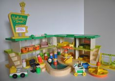 Vintage Fisher Price Little People with a Playskool Holiday Inn #FisherPriceandPlayskool