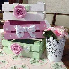 caixotes decorados para enfeitar e  organizar a casa