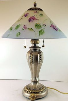 Fenton Gone with the Wind Lamp